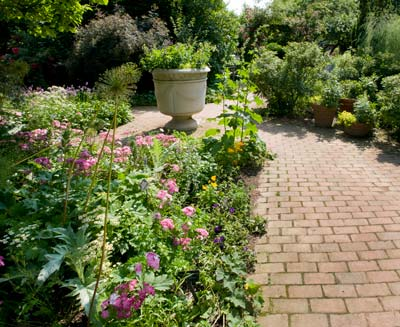 PHOTO: Cottage Garden
