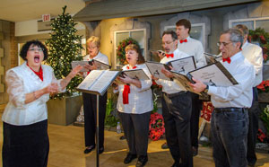 PHOTO: Wonderland Express carolers
